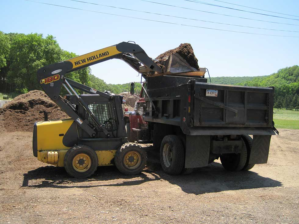 Topsoil for sale durham ct guilford ct meriden middletown for Topsoil delivery